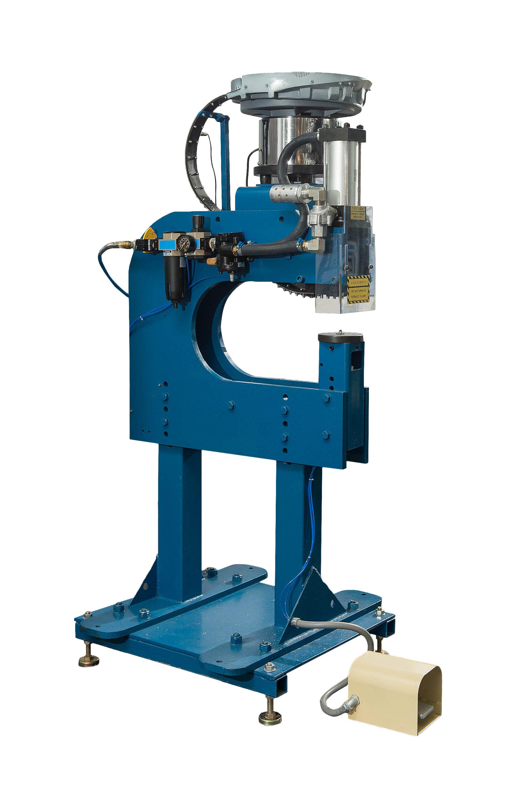 Automat do montażu nakrętek kłowych